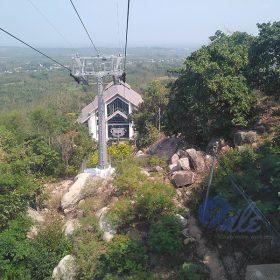 Nhìn từ cáp treo núi Gia Lào